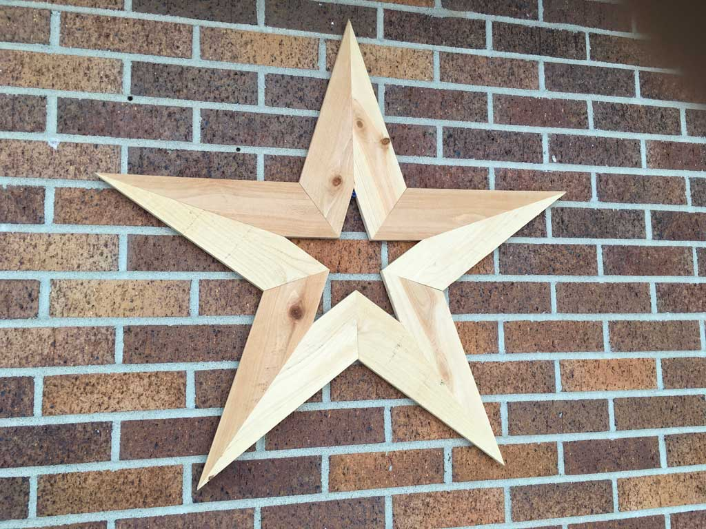 How To Make A DIY Wooden Star Decoration For Your Wall